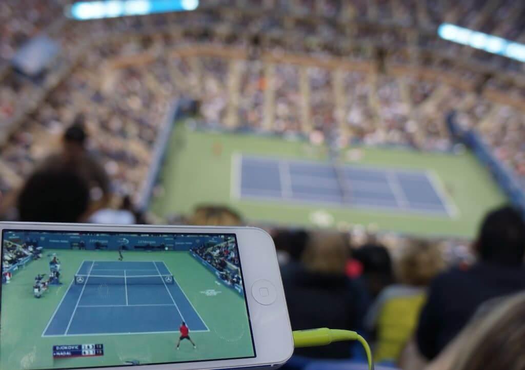 Nie ma to jak oglądać mecz na żywo i słuchać komentarza w sieci…