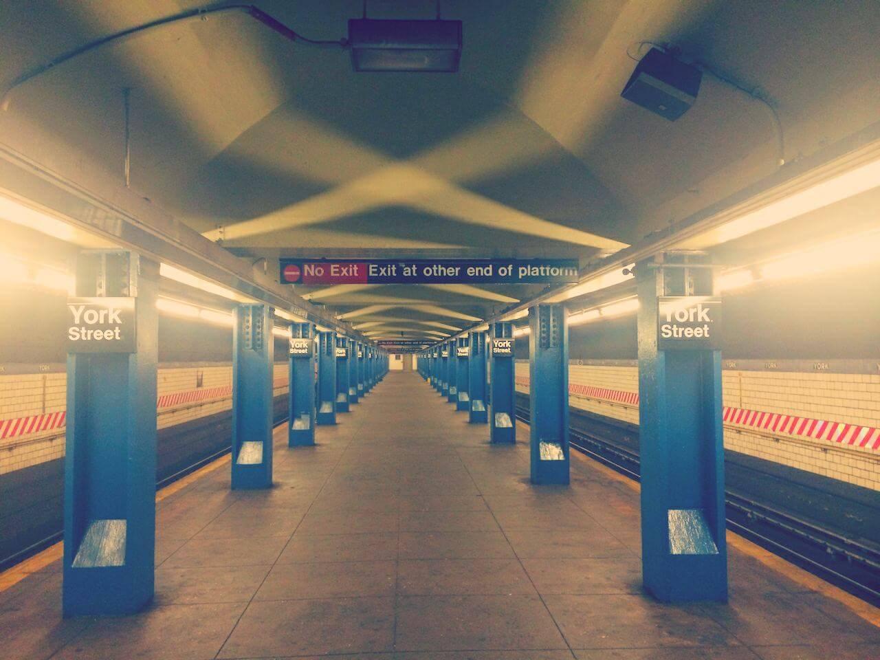 Klimatem nowojorskiego metra.