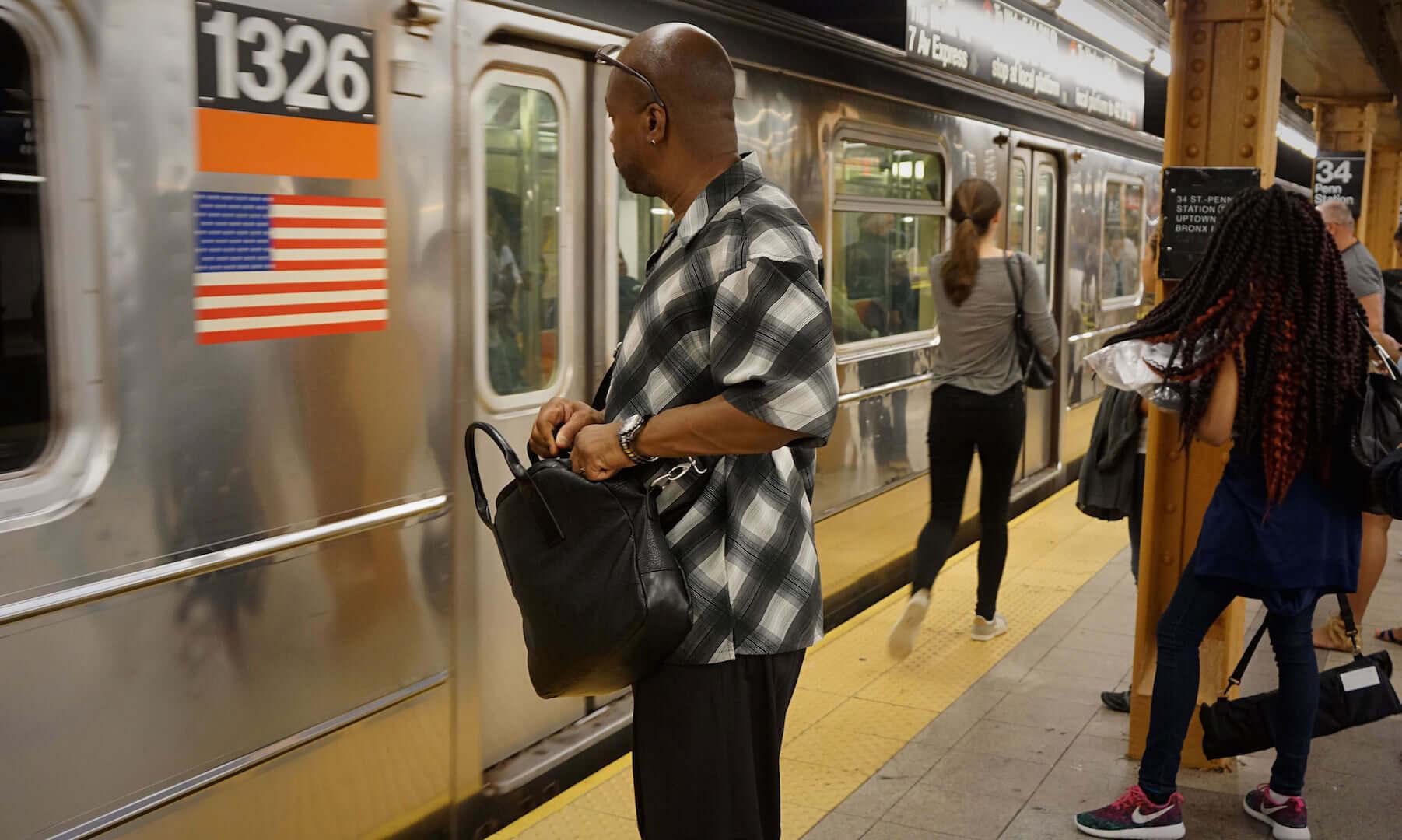 men subway